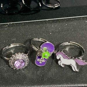 NWOT Girls adjustable rings set of 3